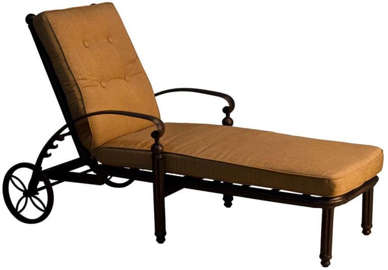 Single Chaise Lounges